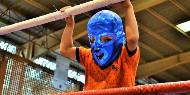 Foto: Niño sobre el ring | Kiosco Informativo
