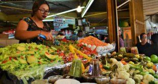 Foto: Comerciantes en San Juan | Eduardo Castellanos